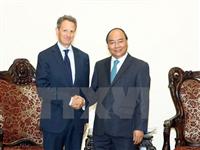 Thủ tướng Nguyễn Xuân Phúc tiếp ông Timothy Geithner, Chủ tịch Tập đoàn Warbugg Pincus. (Ảnh: Thống Nhất/TTXVN)
