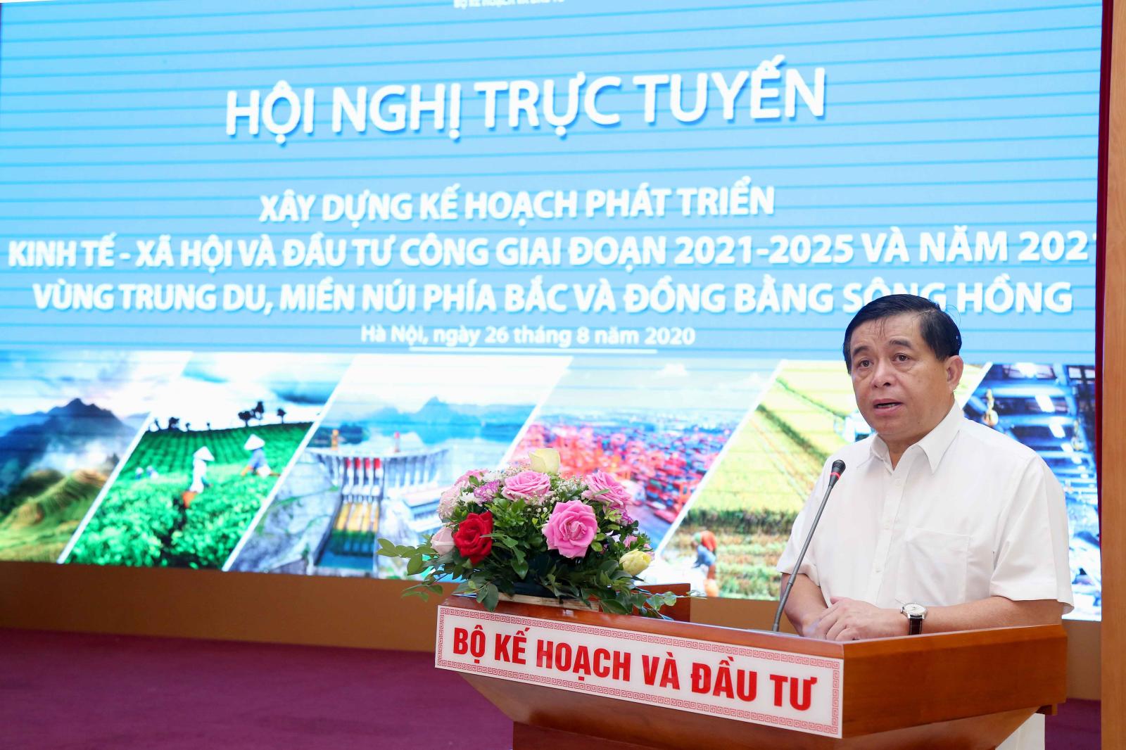 Bộ trưởng Nguyễn Chí Dũng phát biểu tại Hội nghị. Ảnh: MPI